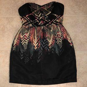 Beautiful strapless midi dress abstract pattern!
